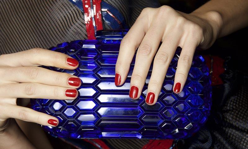 ¿Puede tu laca de uñas estar boicoteando tu dieta?