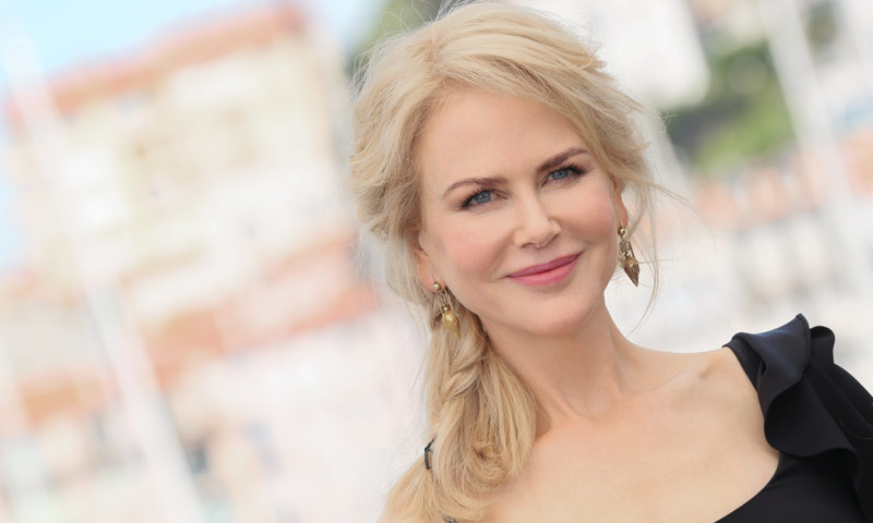 Nicole Kidman enamora con su look nude, ¿quién lo firma?