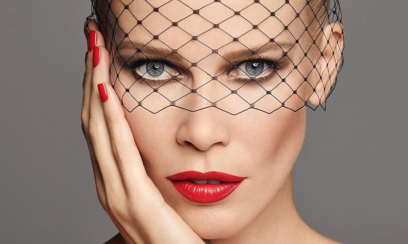 La nueva colección de Claudia Schiffer cambiará tu forma de maquillarte
