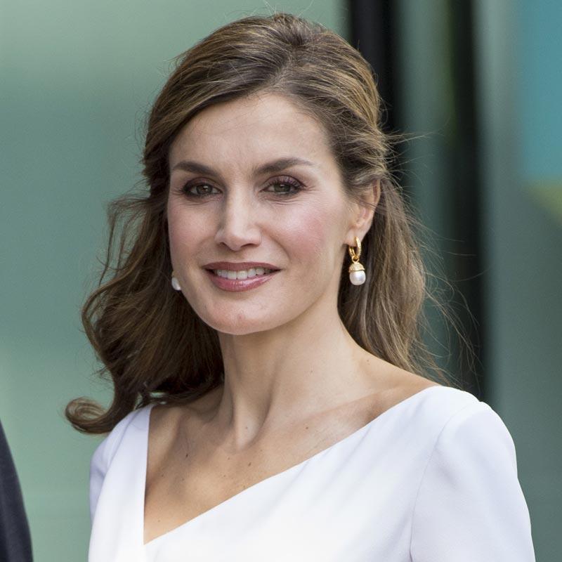 20 Peinados Que Han Hecho De Dona Letizia La Reina Mas Elegante Foto
