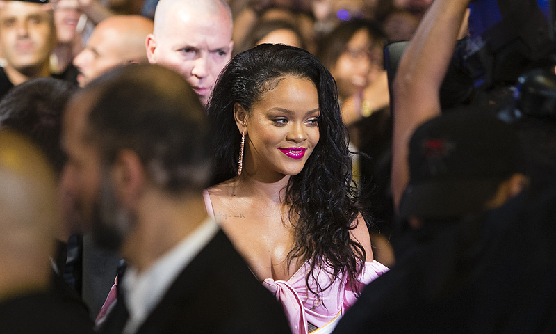 El huracán Rihanna revoluciona Madrid (con polémica incluida)