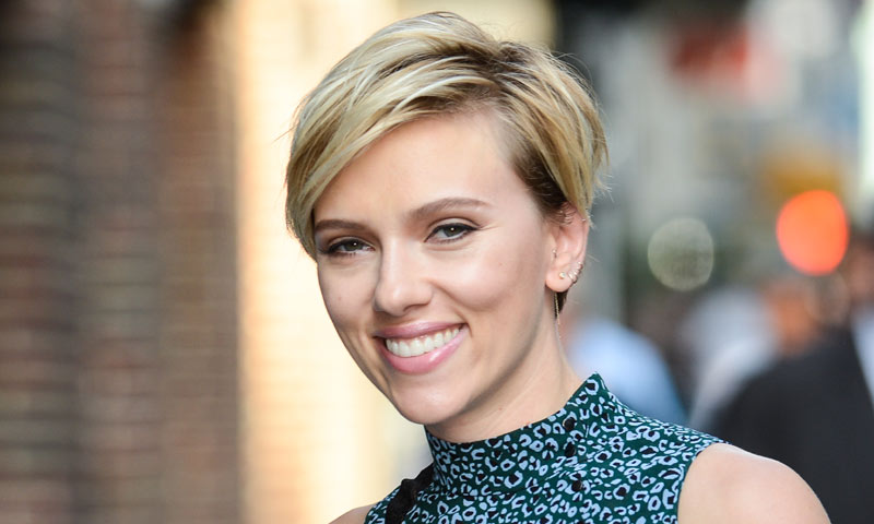 short cut hair style el ingrediente secreto de johansson para cuidar 9056 | scarlett t
