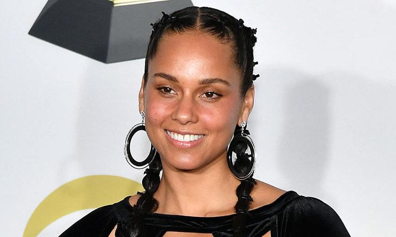Alicia Keys sigue siendo la mejor embajadora del 'no make up look'