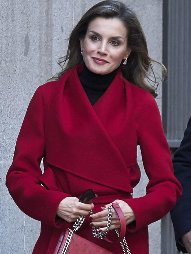 El enigma de la manicura roja de la reina Letizia 3ba6bbdd2d5d