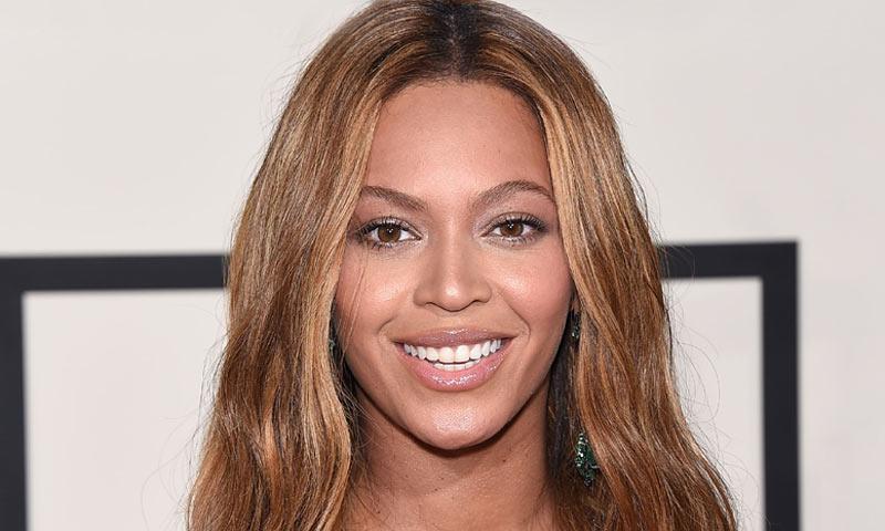 Cinco lecciones de la estilista de Beyoncé para encontrar tu rubio perfecto