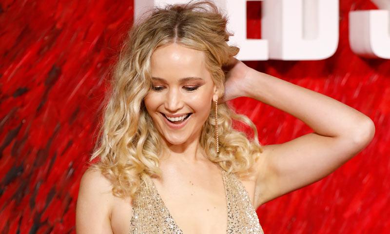 Jennifer Lawrence y sus rizos con difusor, la solución para melenas finas