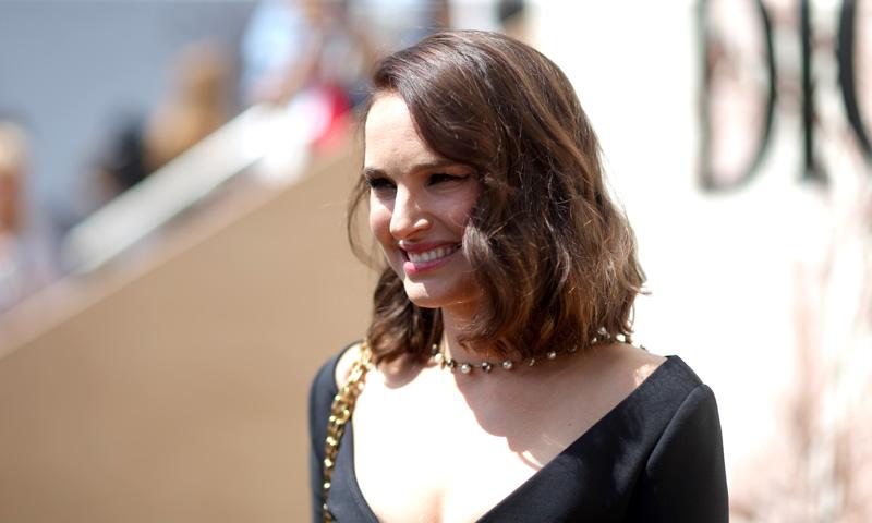 ¿Qué pasaría si te peinara el estilista de Natalie Portman?