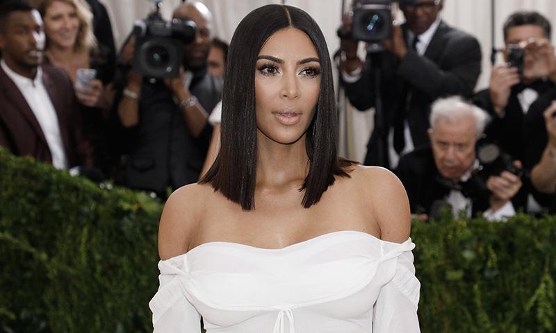 ¿Es Kim Kardashian o su doble? La gran incógnita en el segundo día de Cannes