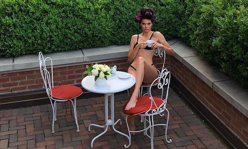 Hay una bebida que Kendall Jenner toma a diario para sentirse más ligera
