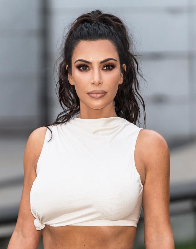 Kim Kardashian Elige Su Peinado Mas Facil Para Recoger En Los Cfda