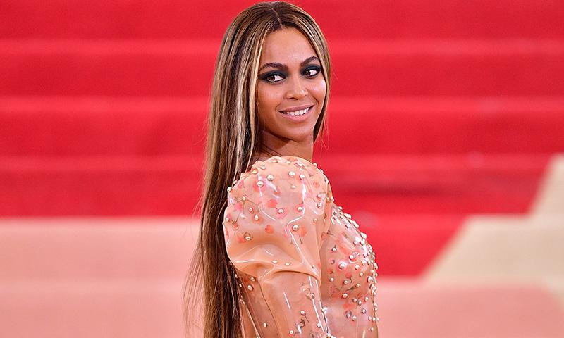 El maquillaje de ojos ultra duradero de Beyoncé esconde un inesperado truco