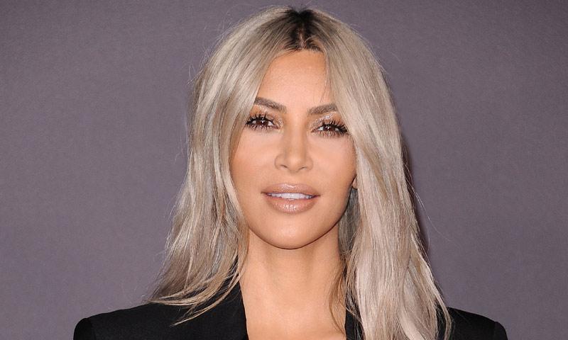 La sonrisa de Kim Kardashian esconde un truco de experto