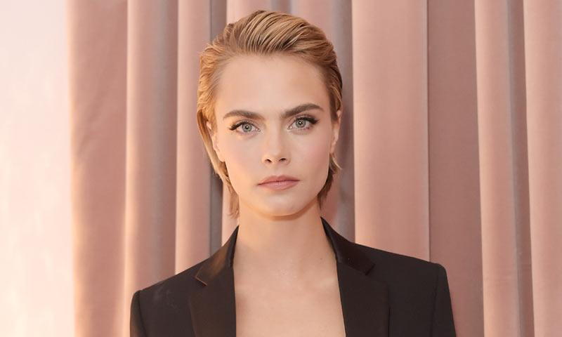 Cara Delevingne debuta como musa de maquillaje Dior