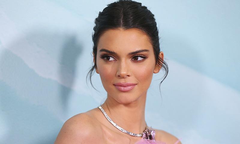 Ilumina tu piel como una supermodelo: Kendall Jenner revela su truco