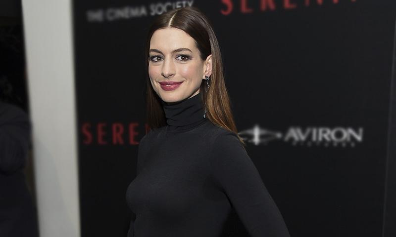 Por qué deberías probar el nuevo corte de Anne Hathaway si tienes el pelo fino