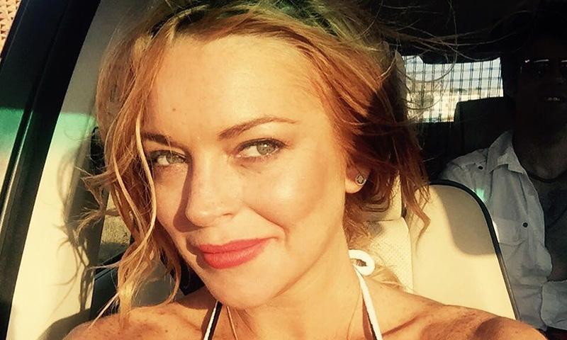 Lindsay Lohan recupera su inolvidable melena de 'Tú a Londres y yo a California'
