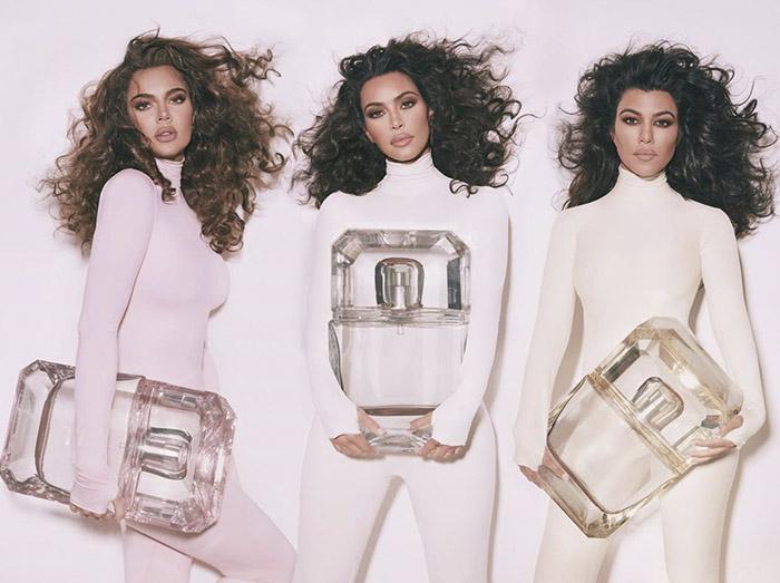 Khloé Kardashian cambia de color de pelo y está más guapa