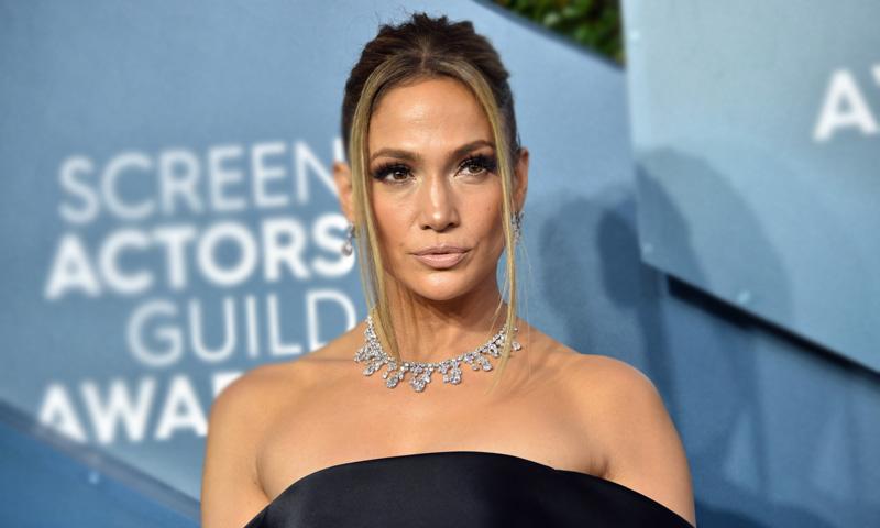 El estilista de Jennifer Lopez predice el futuro look de novia de la artista