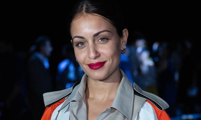 Hiba Abouk se despide de agosto con un posado de impacto
