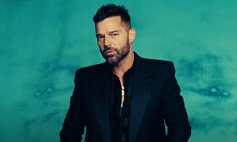 Ricky Martin divide a sus fans con su nuevo (y sorprendente) look