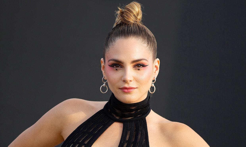 Andrea Duro impacta con su maquillaje asiático, ¿a quién te recuerda su look?