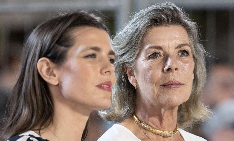 Carolina de Mónaco y la elegancia natural de no ocultar las canas