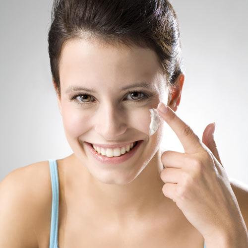 Belleza práctica: Sérum, fluido o crema... ¿sabes qué los diferencia?