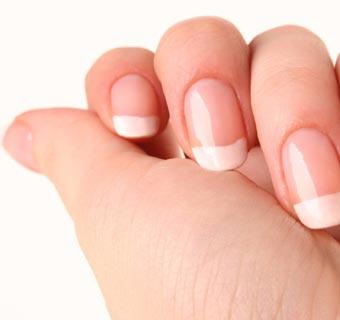 Hongos, estrías, fragilidad... descubre los principales problemas que pueden tener tus uñas