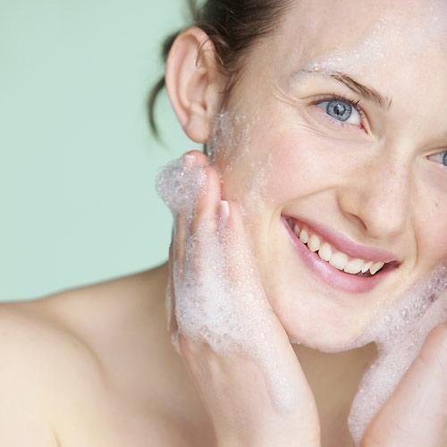 'Tip' de belleza: ¡no te saltes la limpieza nocturna de la piel!