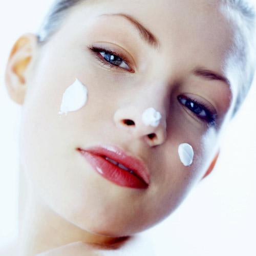 Hidratación de la piel: toma nota de estos falsos mitos