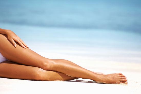 ¿Cómo combatir los efectos del calor en tus piernas?