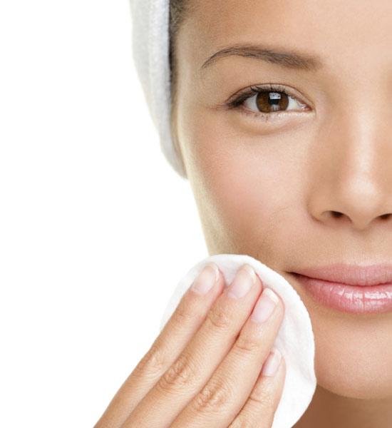 Limpieza y cierre de los poros faciales