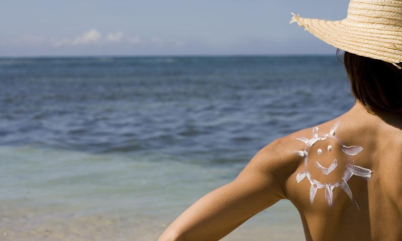 9 verdades y mentiras sobre las cremas solares