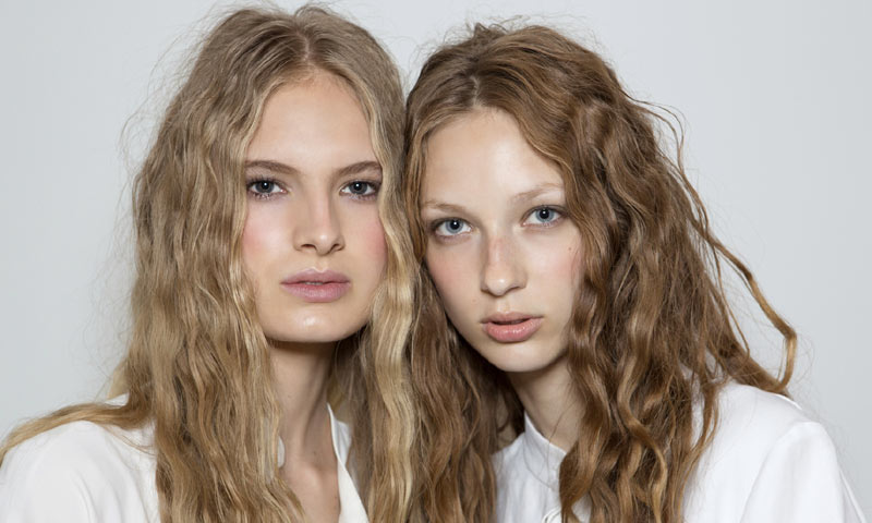 Todo lo que un plan 'detox' puede hacer por tu cabello