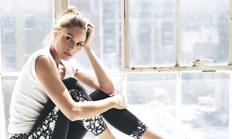 No necesitas ir al gimnasio para tonificar tus piernas, palabra de Olivia Palermo