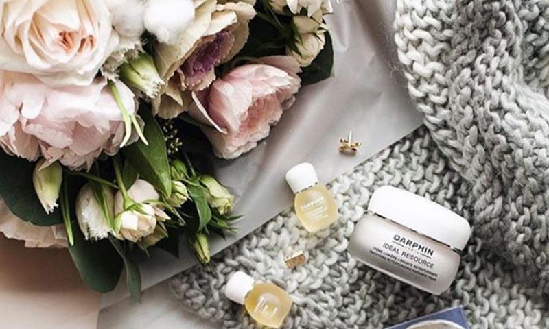 15 cosméticos que cuidan tu piel y tus labios cuando bajan las temperaturas