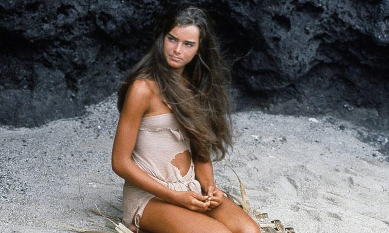 Si te impactó Brooke Shields en 'El Lago Azul', espera a verla en bikini 38 años después