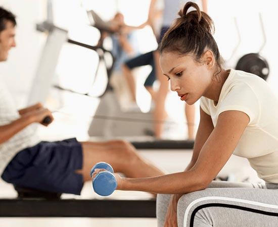 Trucos para entrenar con pesas