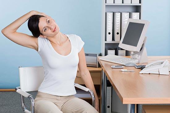 ¿Sabes cómo practicar fitness en la oficina?