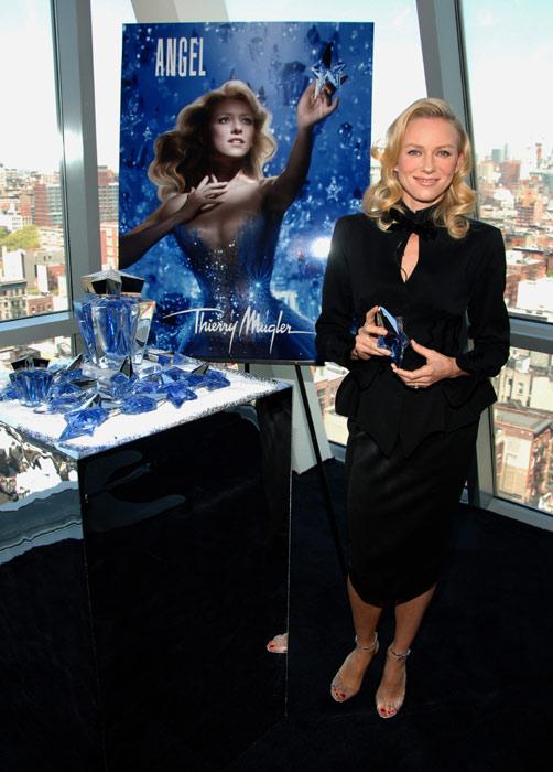 Naomi Watts se une al grupo de actrices que promocionan perfumes