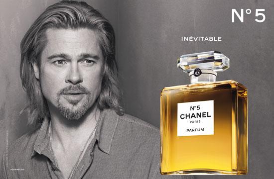 ¿Quieres ver la imagen más esperada de Brad Pitt como imagen de un perfume mítico?