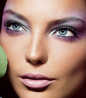 Lecciones de maquillaje 5: tres pasos para conseguir unos labios glamurosos
