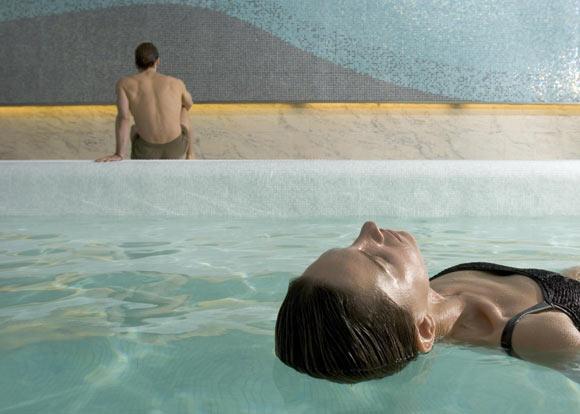 'Watsu': ¿te animas a un relajante masaje en el agua?