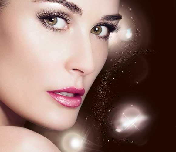 Trucos de maquillaje para brillar en Nochevieja