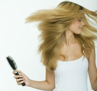 ¿Estás pensando en aclarar el color de tu cabello?