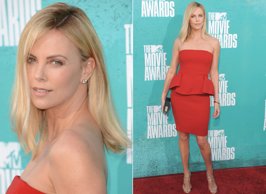 Peinados de alfombra roja: el 'look' de Charlize Theron en los MTV Movie Awards