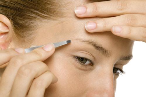 Belleza práctica: trucos para conseguir unas cejas bien depiladas
