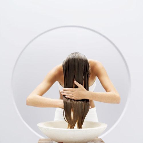 Engrasa el cabello, resta volumen... cuatro falsos mitos sobre el acondicionador para el cabello