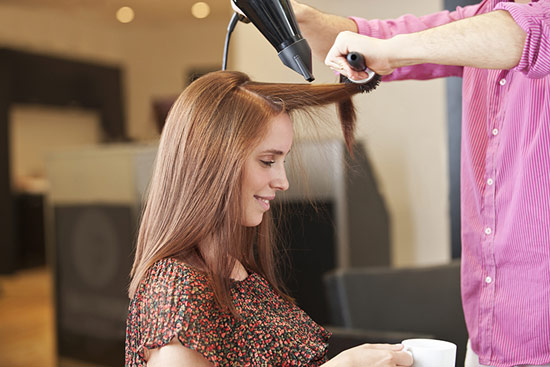 ¿Estás pensando en cambiar de peluquero?