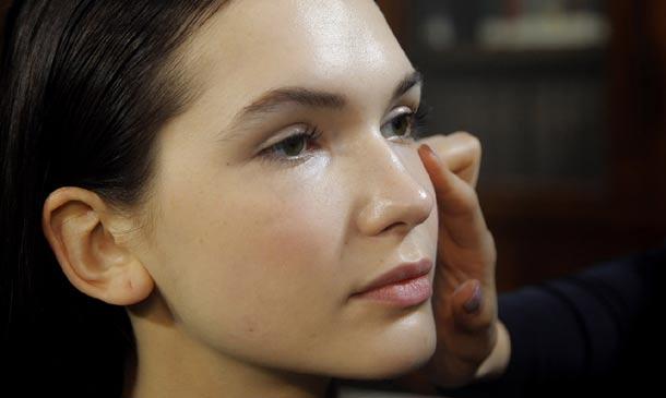 Bases de maquillaje: El secreto para lucir una piel perfecta